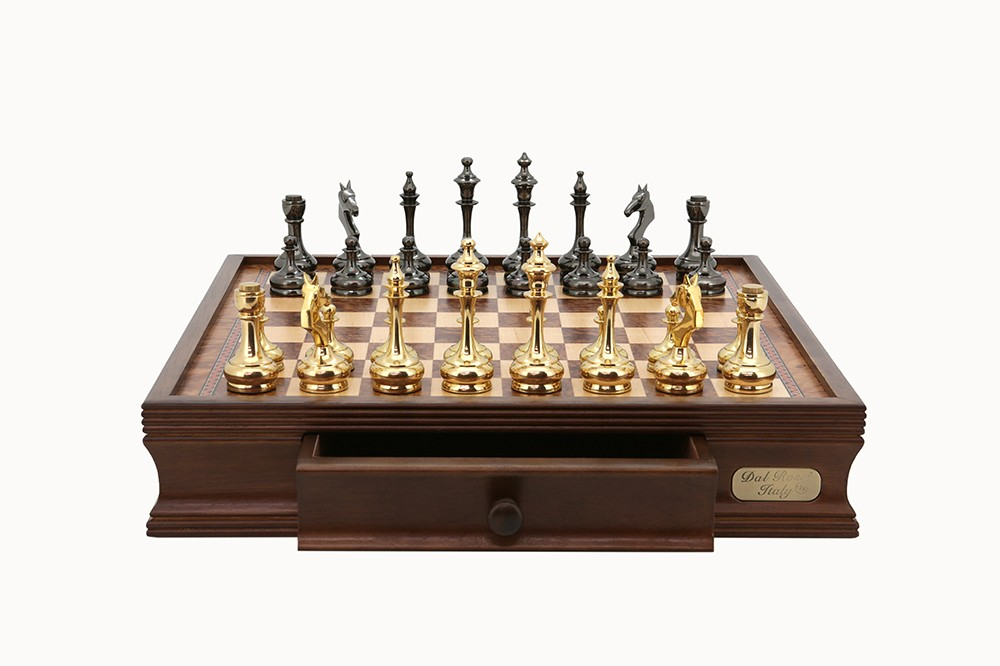 "Dal Rossi Chess Set 16"", with Brass Cap Staunton chessmen"