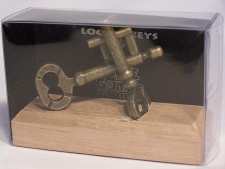 Colonial Classics Metal Wood Base - Locked Keys,wood base