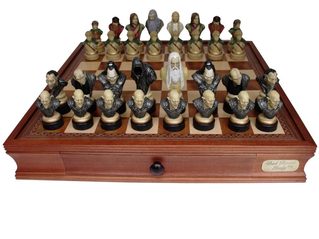 Dal Rossi Italy Lord Of The Rings Chess Set On Dal
