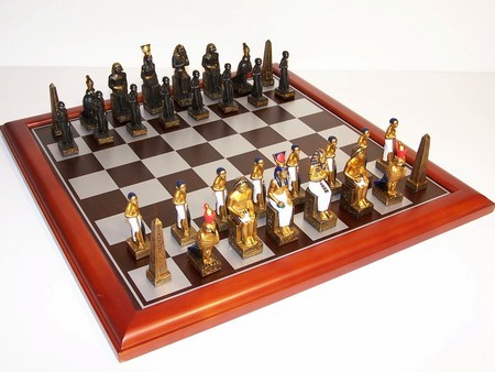 Hand Paint Chess Set - EgyptianTheme with 75mm pieces, 45cm With Board