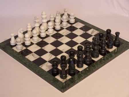 Chess set, Marble, Black &White, Green edge, 16 Marble