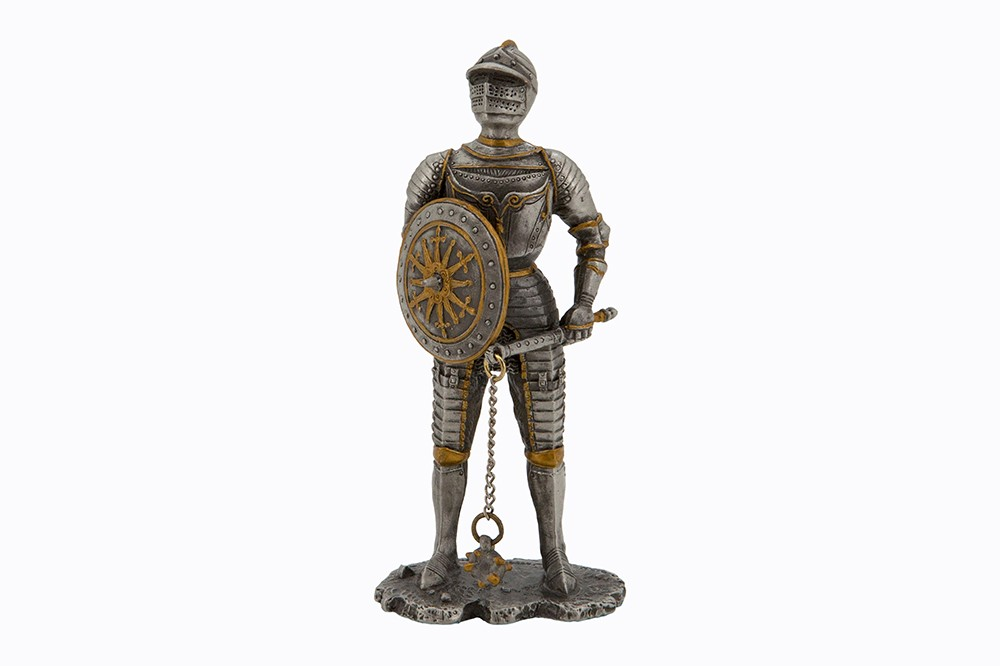 Dal Rossi Pewter WARRIOR SERIES-HOLDING CHAINED