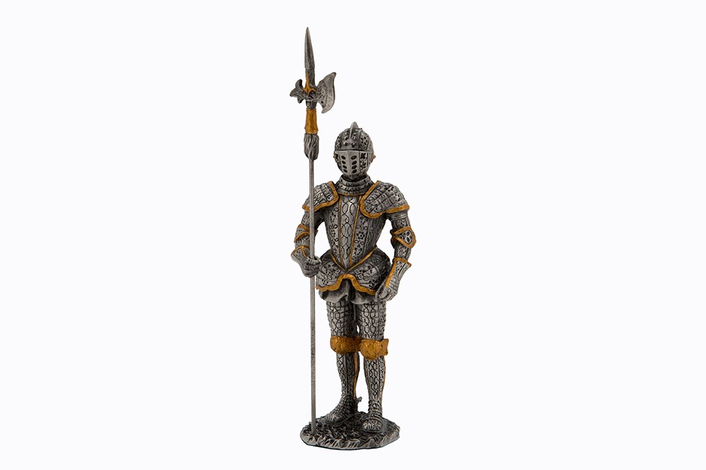 Dal Rossi Pewter WARRIOR -STANDING AND HOLDING GUN(SILVER