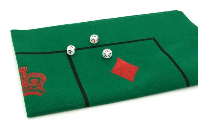 Crown & Anchor - Crown & Anchor mat & dice, 94 cm x 60 cm