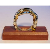 Colonial Classics Metal Wood Base - Ring Puzzle